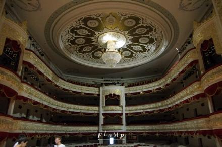 Вид с изнанки Театра оперы и балета.