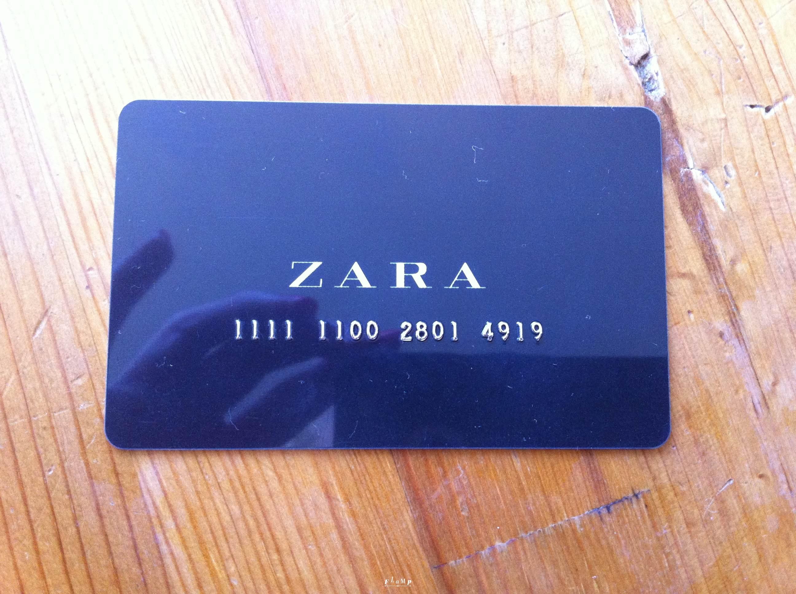 Карточка в Zara на 2000 рублей.