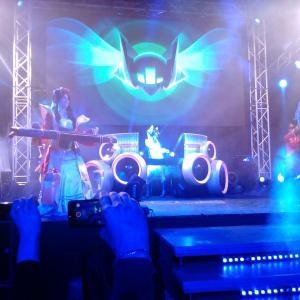 Косплэй и DJ Sona за пультом