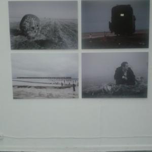 """Фото со съемок """"Бумажного солдата"""", выставка """"Сломанный воздух"""", ГЦСИ"""