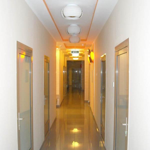 Фото снимал в коридоре лор клиники.