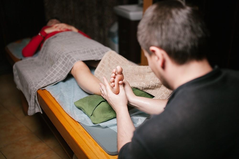 Аюрведический массаж стоп