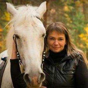 Елена Аксенова