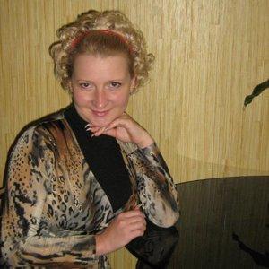 Виолета Тарасова