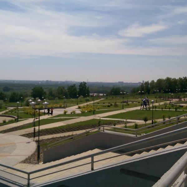 Футуристичный парк =)
