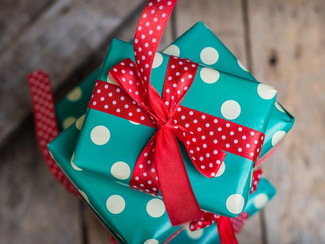 Юбилейный аукцион подарков: 100000 отзывов в Москве!