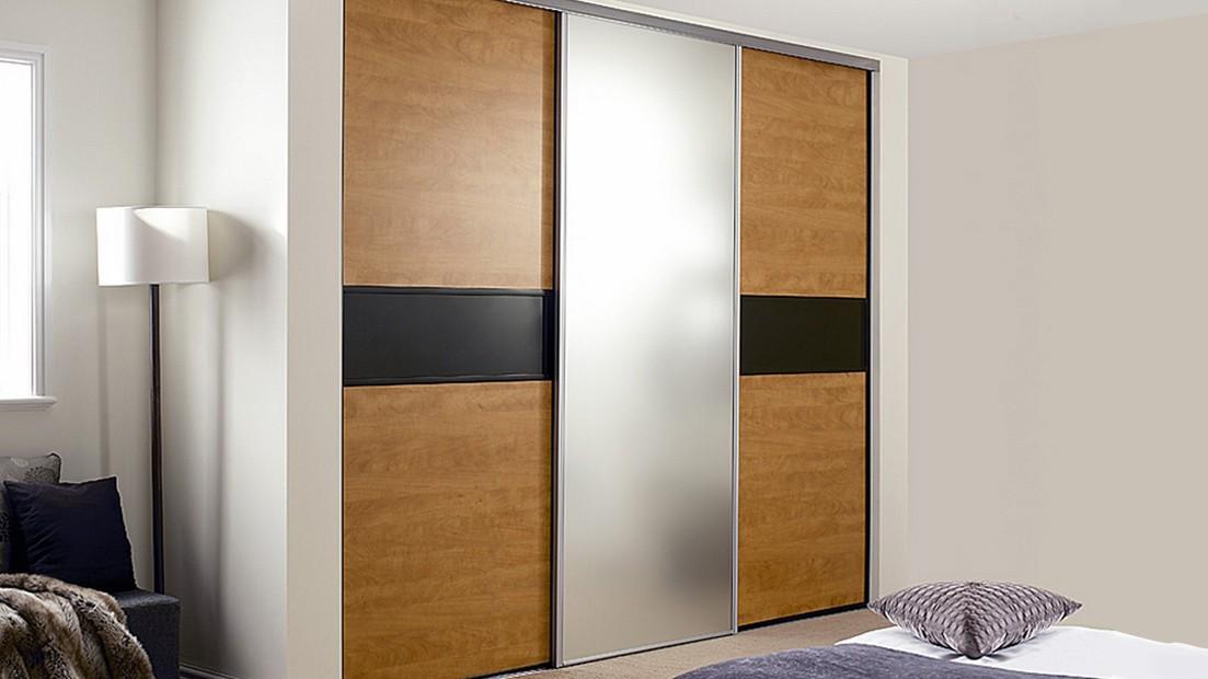 Шкаф на мансардном этаже - идеи для дома.