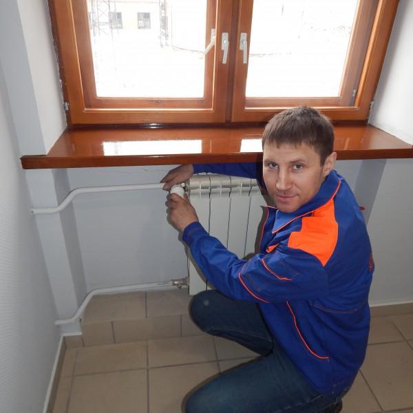 Арнаутов Иван - сварщик-сантехник 4 разряда, стаж работы по специальности 15 лет