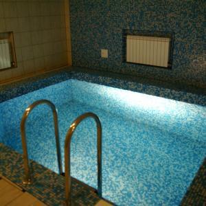 это и есть красавец бассейн
