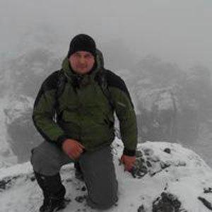 Дмитрий Нeустроeв