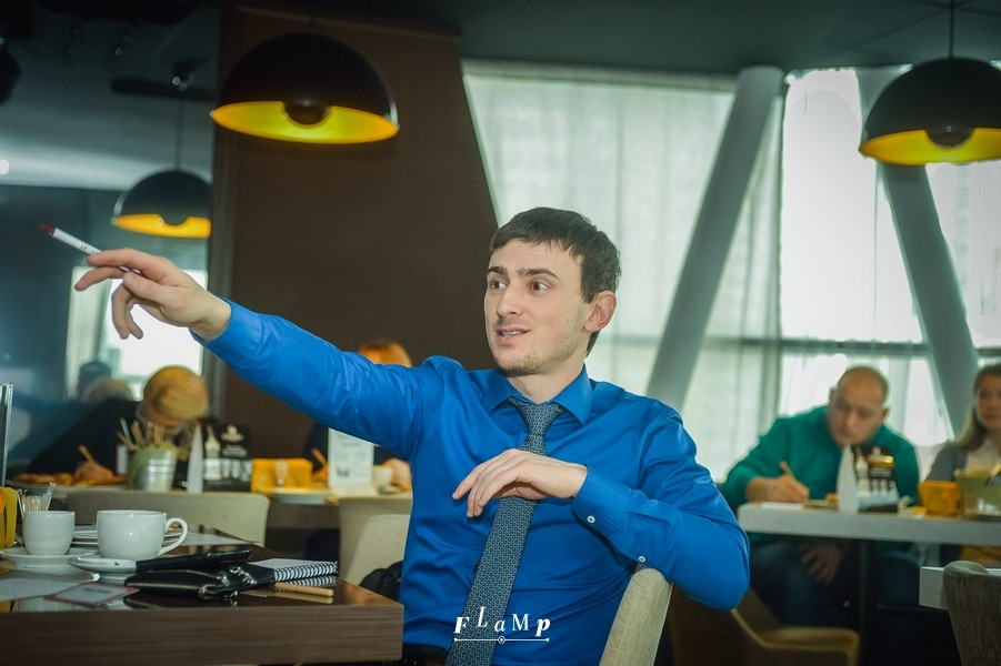 Владимир Таманцев, «АВ-Блеск»