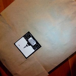 Так вам упакуют купленную или взятую в аренду книжку:)
