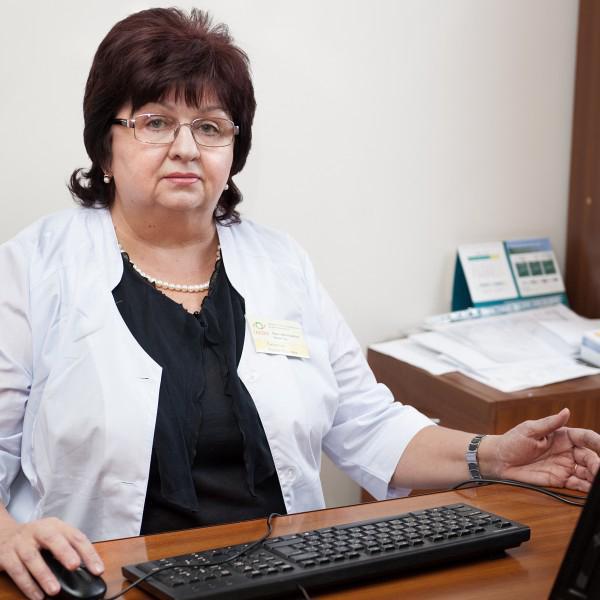 Директор Центра, врач-офтальмолог, к.м.н. Смирнова Ирина Юрьевна