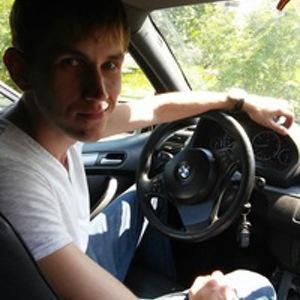 Александр Гусельников