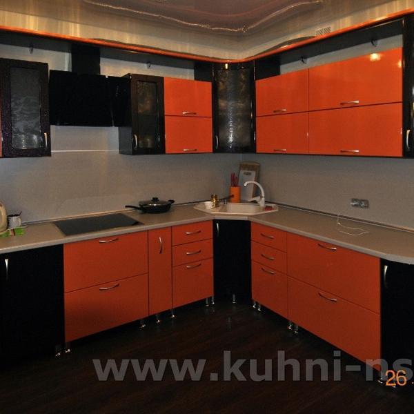 Размер кухонного гарнитура: 2700*2220 мм Стоимость мебели: 71 400 руб