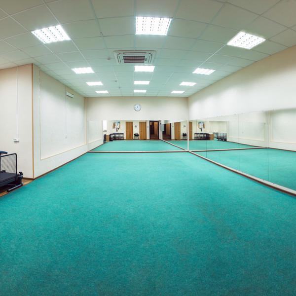 Зал для шоу-тренинга