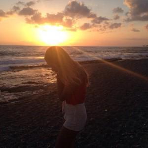 встречали  закат у моря)