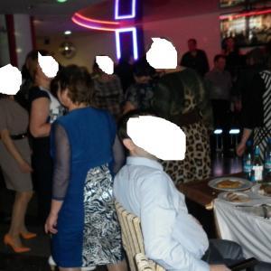 "все танцевали ""Об наш стол""))"