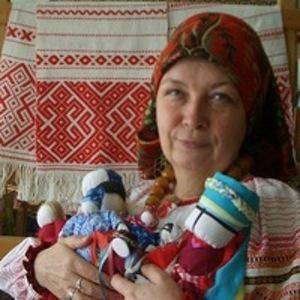 Ира Липатова