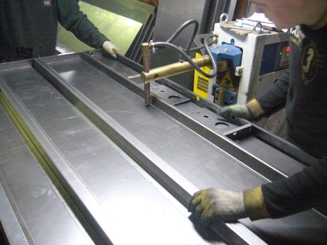 производство стальных входных дверей