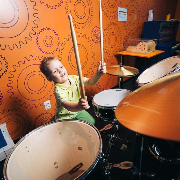 Воплоти мечту с Джоуль парком - стань барабанщиком!